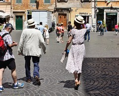 Rome Trastevere - May 2015 - Dancing Couple Candid 1