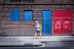 The birds (Julien Rode) Tags: angleterre city couleurs england london londres personnage porfolio rue street urban ville