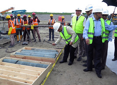 Yukiya Amano tours the Rooppur Nuclear Power Plant Project (01811222)