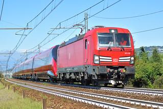 E191.019 + ETR 675.02 nei pressi di Cambiano-Santena (TO)