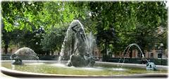 Mariatorget - Stockholm (lagergrenjan) Tags: mariatorget stockholm skulptur fontän tors fiske