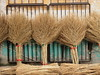 Miotły bambusowe (Kwarek) Tags: china chiny targ market miotła besom bambus bamboo