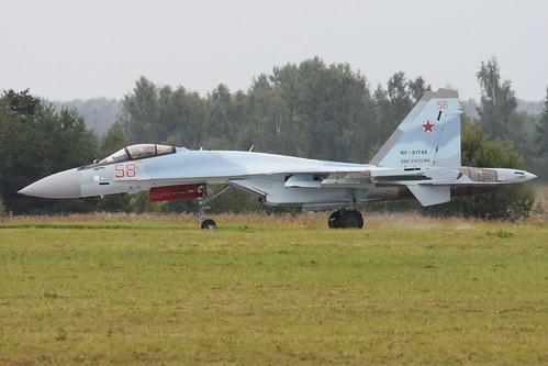 Sukhoi Su-35S 'RF-81746 / 58 red'