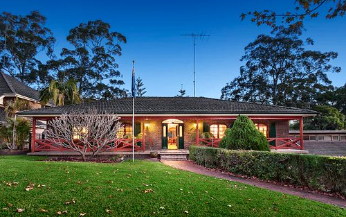 25 Pioneer Pl, Castle Hill NSW 2154