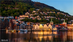 Bergen Sunset (AdelheidS Photography (at work in Scandinavia now)) Tags: adelheidsphotography adelheidsmitt adelheidspictures bergen norway norge noorwegen norwegen noruega norvegia nordic norvege norden sunset skyline cityscape city canoneos100d evening colours colourful waterfront water
