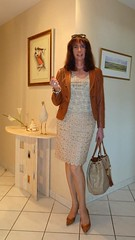 A long time... / Il y a longtemps... (french_lolita) Tags: leather jacket skirt camel