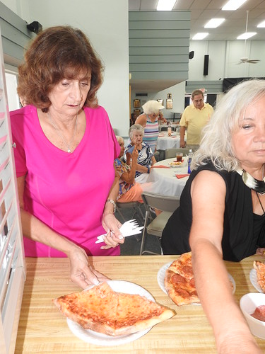 """'17 Pizza Party • <a style=""""font-size:0.8em;"""" href=""""http://www.flickr.com/photos/94426299@N03/36365974386/"""" target=""""_blank"""">View on Flickr</a>"""