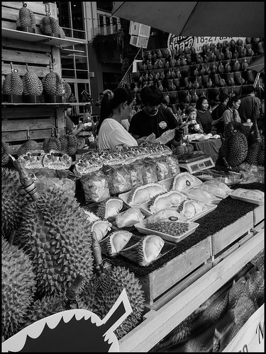Market selllers - Durian