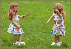 Anne-Moni und Tivi ... (Kindergartenkinder) Tags: sommer blumen personen kindergartenkinder garten blume park annette himstedt dolls annemoni tivi wasserschlosslembeck