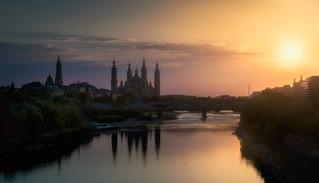 Ultimos rayos de sol sobre el Ebro