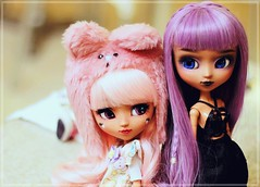 Together ♥ (Pliash) Tags: pullip custom dolls madeleine dollies madeleinedollies madeleinedolls mocha kit mio make it own