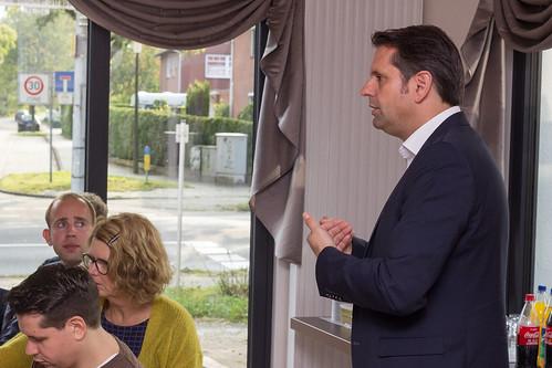 Diskussion mit Minister Olaf Lies und den AnwohnerInnen der B401 in Eversten.