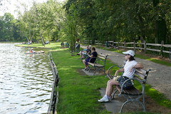 Sitting by the Water (en tee gee) Tags: connetquotriver water park benches people path longisland bayardcuttingarboretum