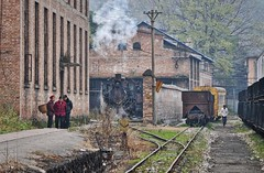 Rongshan Sichuan China 14th November 2014 (loose_grip_99) Tags: rongshan china asia sichuan railway railroad rail narrowgauge steam engine locomotive 080 c2 219 shed loco depot transportation gassteam trains railways coal mine industrial industry