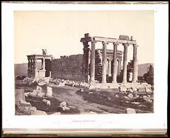 Το Ερέχθειο (Giannis Giannakitsas) Tags: αθηνα athens athenes athen 19οσ αιωνασ 19th century greece grece griechenland ερεχθειο erechtheion