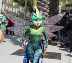 Tooth Fairy (San Diego Shooter) Tags: comiccon comiccon2017 cosplay sdcc sdcc2017 sandiego portrait streetphotography sandiegocomiccon costume costumes toothfairy