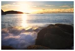(Frank S. Schwabe) Tags: kolvika kristiansund nordmøre norge norway sunset sun sunlight summer seascape waves water sea shore longexposure ndfilter zeiss ze zeissclassic 50mm planart1450 canon 6d eos evening coast clouds