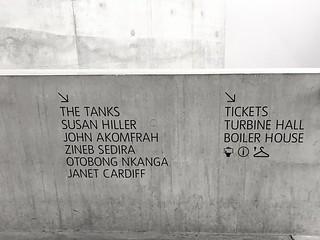Tate Modern Extension | Simplistic Wayfinding