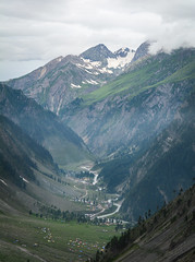 Mountain scenery in Jammu and Kashmir, India (phuong.sg@gmail.com) Tags: areas asia attractive beautiful bhutan china colorful continuity country destination empty endless environment escape field freedom freeway highest highway hill holiday infinity land landscape line loneliness mountain nature outdoor road rural scenery scenic street tourist transport travel travelling vacation valley view viewpoint village way