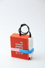 ipod shuffle gen1 jbl go speaker bluetooth orange white studio setup lighting