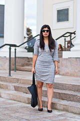 grey bodycon dress, black pumps, scalloped tote-5 (LyddieGal) Tags: coastal matine swap black express fall grey officestyle rocksbox scalloped sunglasses