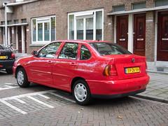 Volkswagen Polo Sedan (20 07 1999) (brizeehenri) Tags: volkswagen polo 1999 59zkxh rotterdam