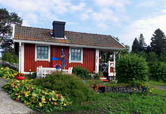 Tiny House (Linnea from Sweden) Tags: summer tiny house building cottage small red little