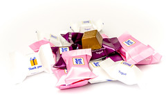 7DWF - Confectionery - chocolate-2801 (stefanfricke) Tags: crazytuesdaytheme confectionary chocolate rittersport pink aubergine highkey sony ilce6000 a6000 sel30m35 7dwf