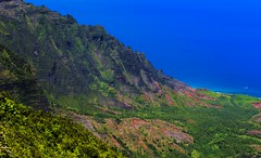 Na'Pali Coast, Kauai (benereshefsky) Tags: kauai hawaii island cliffs ocean sea kalalau napali coast travel travelphotography travelphotographer