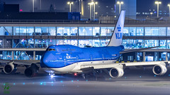 KLM B747 (Ramon Kok) Tags: klm boeing 747 747400 boeing747 phbfw eham schiphol avgeek avporn aviation luchtvaart amsterdam ams holland thenetherlands nightshot kl royaldutchairlines combi fog night aircraft airplane quadjet queen qots queenoftheskies