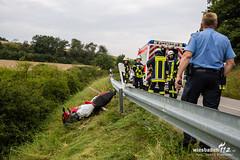 Motorradunfall zwischen Niederlibbach und Oberlibbach 30.08.17 (Wiesbaden112.de) Tags: motorradunfall niederlibbach oberlibbach wiesbaden112