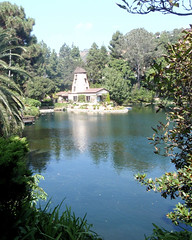 026 The Windmill Chapel (saschmitz_earthlink_net) Tags: 2017 california topangacanyon statepark losangeles pacificpalisades losangelescounty santamonicamountains selfrealizationfellowshiplakeshrine lake windmill chapel
