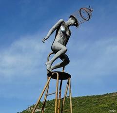 Prise de tête (Missfujii) Tags: sculpture statue ciel