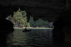 canoeing (Greg Rohan) Tags: halongbay sea ocean water cave canoeing vietnam asia photography 2017 d7200