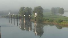 ochtend mist en reflectie (marieckejanssen) Tags: palen doesburg poles harbour broekhuizer water trees bomen fog mist morning ochtend