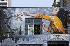 Art urbain (Gerard Hermand) Tags: 1708019180 gerardhermand france paris eos5dmarkii art façade femme mur rue street wall woman streetart canon