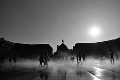 During a very hot day (jeangrgoire_marin) Tags: water summer warm hot spray fountain bordeaux france monochrome refreshing