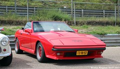 TVR Tasmin 280i convertible 1986 (XBXG) Tags: fsvn93 tvr tasmin 280i convertible 1986 tvrtasmin tvr280i cabriolet cabrio roadster tourer v6 red rood rouge nationaal oldtimer festival 2017 circuit park zandvoort nederland holland netherlands paysbas vintage old classic british car auto automobile voiture ancienne anglaise brits uk vehicle outdoor
