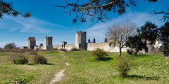 Visby! (Elf-8) Tags: sweden gotland visby medieval wall tower architecture