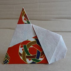 Santa Claus by  Hideo Komatsu   [Hideo Komatsu challenge 23/50] (Orizuka) Tags: origami santaclaus hideokomatsu chiyogami hkchallenge