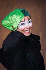 La Malabarista - 3 (Juan Ig. Llana) Tags: artziniega arceniega álava euskadi españa es mercadodeantaño mercadomedieval mercado medieval retrato martaamezcuaaguilar malabarista circocido circo círcense zb