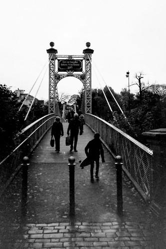 Queen's Park Suspension Bridge