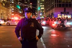 (Marcelo Brando) Tags: 2015 eua nyc novayork usa novembro outono street authority police officer light colors state newyorkcity
