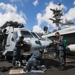 US Navy MH-60R Seahawk with Maintainers thumbnail