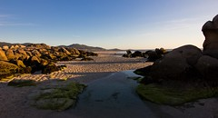 Marea baixa. (Jhaví) Tags: playa beach atardecer galicia sunset mar sea mareabaixa landscape natgeo