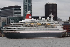 Boudicca (das boot 160) Tags: boudicca clt cruise cruiseliner cruising cruiseterminal liverpoolclt ships sea ship river rivermersey port docks docking dock boats boat birkenhead liverpool mersey merseyshipping maritime