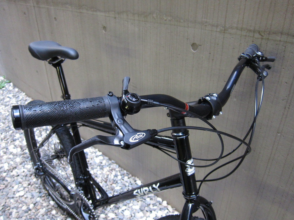 SURLY Troll Riser Front