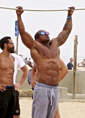 IMG_7575 (danimaniacs) Tags: venice california musclebeach shirtless hunk muscular hot sexy man male guy beard scruff armpit