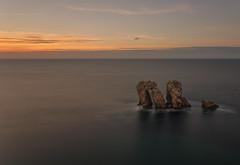La Puerta del Mar. (Amparo Hervella) Tags: puertadelmar costaquebrada cantabria españa spain cielo nube roca atardecer largaexposición d7000 nikon nikond7000 comunidadespañola