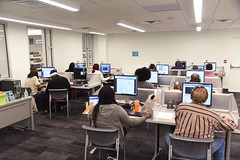 Emerson Technology Center, NB 3.7.17 (slcl events) Tags: computerlab computers emersontechnologycenter naturalbridgebranch naturalbridge slcl stlouiscountylibrary library computeruse slclorg